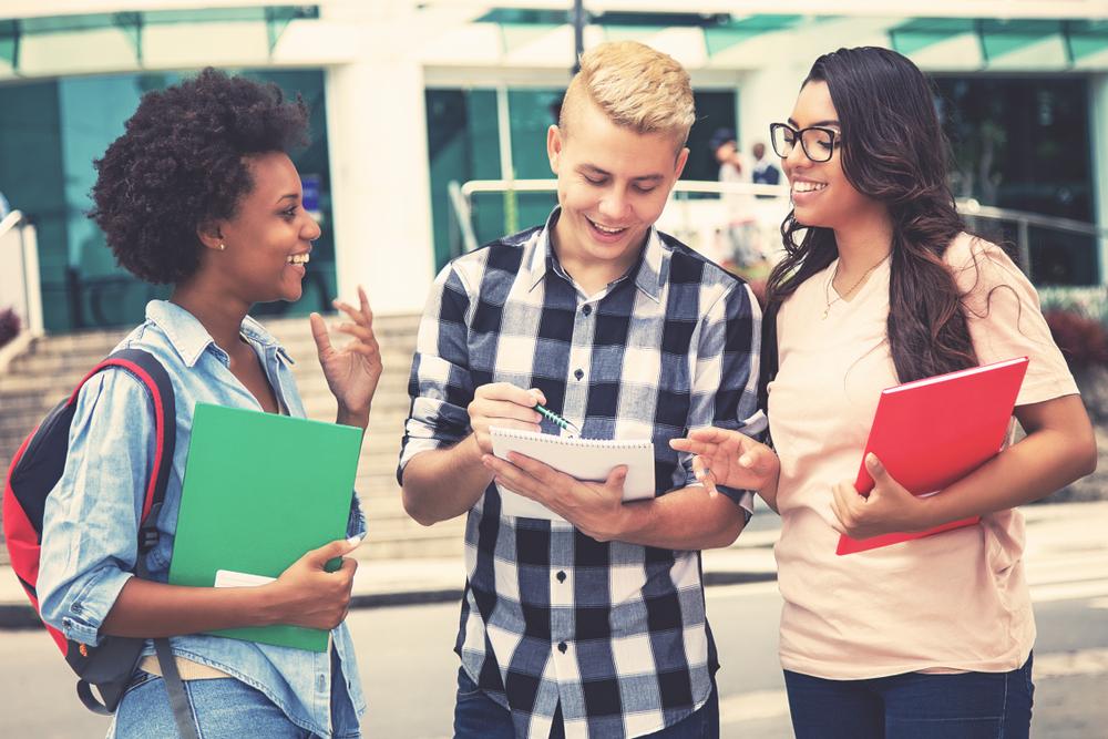Becas para universitarios-1