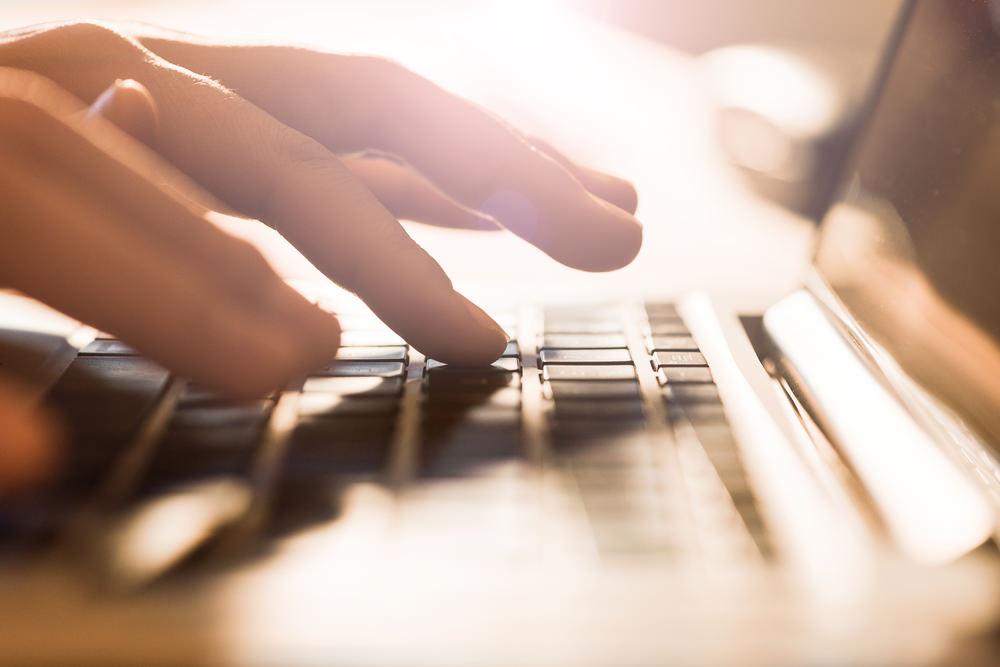 ganar-dinero-como-escritor-freelance